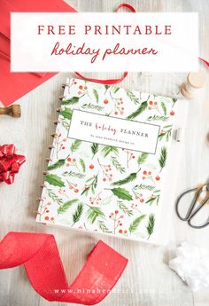 Free printable holiday planner Get organized for the busy Thanksgiving and Christmas season and plan all your events and shopping! Christmas Planner Free, Christmas Planning, Free Christmas Printables, Free Printables, Organized Christmas, Free Holiday Planner Printables, Christmas Journal, Christmas Preparation, Free Planner