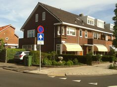 Een heerlijke plek in het centrum van Alphen aan den Rijn...dicht bij alles...een paradijsje in wording :-)
