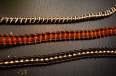 Aprende paso a paso hacer estas bonitas pulseras Chan Luu con abalorios...
