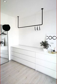 open cabinet in Scandinavian style, black and white- offener Schrank im skandinavischen Stil, schwarz und weiß open cabinet in scandinavian style black and white - Bedroom Interior, Bedroom Storage, Bedroom Design, Bedroom Wardrobe, Open Wardrobe, Scandinavian Style, Bedroom Decor, Wardrobe Furniture, White Bedroom