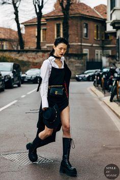 Fashion Models, Fashion Outfits, Fashion Trends, Fashion Women, Women's Fashion, Goth Chic, Asian Street Style, Asian Street Fashion, Milan Fashion Weeks