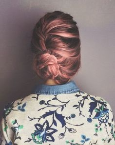 Coloration tendance: rose gold hair © Pinterest Her Campus