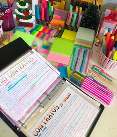 ✔ 67 smart dorm room storage organization ideas on a budget that everyone can do 7 - SCHOOL ORGANIZATION Dorm Room Organization, School Organization, Organization Ideas, Study Flashcards, Dorm Room Storage, School Study Tips, Study Hard, School Notes, Study Notes