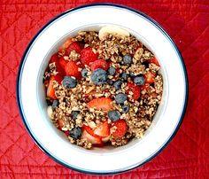 Muesli Cru Muesli, C'est Bon, Raw Food Recipes, Acai Bowl, Oatmeal, Breakfast, Morning Breakfast, Healthy, Eat