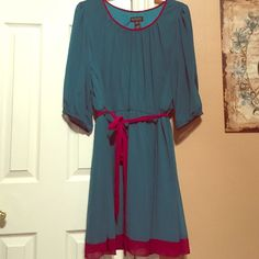 Dress Enfocus Women dress in size 20W. The sleeves have an open slit in them. Only worn once. Enfocus Dresses Asymmetrical