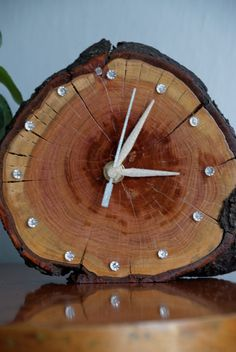Handmade wooden clock with LED backlight very quiet by Oaktreetown
