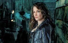 5 Reasons to Watch WGN's Salem  Lucy Lawless rocks!