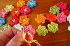 Pattern for Lucy's Easter Blossom flowers here.
