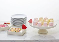 heart cake plate and serving dish <3