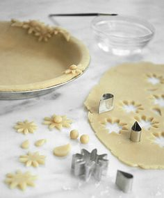 Pie Recipes You CAN Make Delicious & Pretty Pies & Pie Crust for the Holidays Dessert Sans Gluten, Pie Dessert, Gluten Free Desserts, Just Desserts, Delicious Desserts, Yummy Food, Dessert Healthy, Pie Decoration, Decoration Patisserie