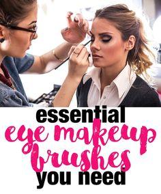 Must Have Eye Makeup Brushes - Makeuptipsideas Beauty Makeup Photography, Beauty Makeup Tips, Best Beauty Tips, Makeup Inspo, Beauty Ideas, Eye Makeup Brushes, Makeup Brush Set, Makeup Tools, Types Of Makeup