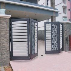 Exterior entrance design modern 55 Ideas You are in the right place about entrance floor Here we offer you the most beautiful pictures about the entrance cabinet you are looking for. Modern Main Gate Designs, Iron Main Gate Design, House Main Gates Design, Front Gate Design, Steel Gate Design, Door Gate Design, Main Door Design, House Front Design, Entrance Design