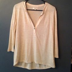"""Madewell oversized oatmeal long sleeve top 3/4 sleeves. 22.5"""" in length in front and slightly longer back. 95% viscose and 5% Polyester. In great condition. Madewell Tops Tees - Long Sleeve"""