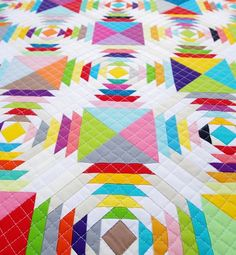Red Pepper Quilts: The Finished Scrappy Pineapple Quilt