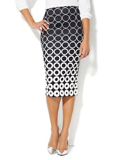 NY&Co 7th Avenue Suiting Collection - Pencil Skirt - Geo Print (B&W)