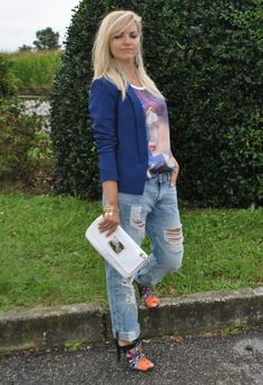 BLAZER BLUE AND BOYFRIEND JEANS #ootd #outfit #boyfriendjeans #colorblockbyfelym