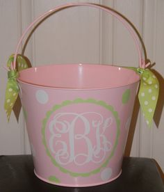 Personalized Easter Basket Bucket by Tootlebugs on Etsy Easter Buckets, Vinyl Monogram, Burlap Lace, Silhouette Cameo Projects, Cricut Creations, Vinyl Projects, So Little Time, Baby Shower Gifts, Baby Seal