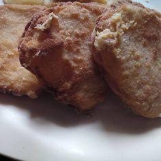 Tökéletes rántott sajt Banana Bread, Muffin, Breakfast, Food, Morning Coffee, Essen, Muffins, Meals, Cupcakes