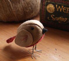 Stitching Cow: Cute Little Bird to Sew