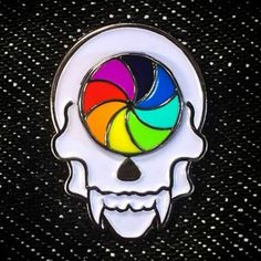 THE SPINNING WHEEL OF DETH. Lapel Pin by . Hard Enamel in wheel. Soft enamel in skull. Wheel actually spins. Double butterfly clutch for extra support. Pick it up via the link in his bio. Badges, Cute Backpacks, Pin And Patches, Cute Pins, Lapel Pins, Pin Collection, Cute Cartoon, Wheel Logo, Pinback Buttons