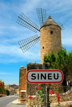 Windmill at Sineu, Island of Mallorca, Illes Balears, Spain