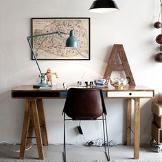 home office ideas with wooden desk by Decoholic