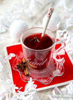 herukkaglögi Wine Drinks, Chocolate Fondue, A Food, Alcohol, Tea, Desserts, Christmas, High Tea, Tailgate Desserts