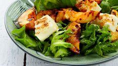 Grillattu nektariini-halloumisalaatti - Yhteishyvä Halloumi, Something Sweet, Sweet And Salty, Fresh Rolls, Salad Recipes, Shrimp, Vegetarian Recipes, Salads, Food And Drink