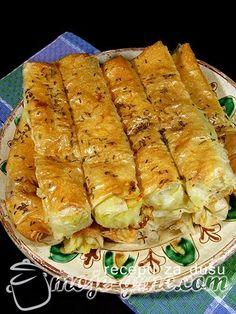 Pituljice sa sirom Bosnian Recipes, Bulgarian Recipes, Croatian Recipes, Filo Recipe, Kitchen Recipes, Cooking Recipes, Croatian Cuisine, Pita Recipes, Macedonian Food