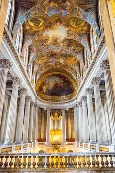 Chapel of Versailles. Read practical travel tips for Versailles with how to skip the line at Versailles and how to get free tickets at Versailles! Visit Versailles, Travel Photos, Travel Tips, Day Trip From Paris, Triomphe, Paris Travel, Cool Places To Visit, Day Trips, Traveling By Yourself