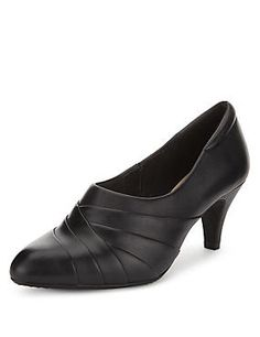 Black Leather Ruched Shoe Boots