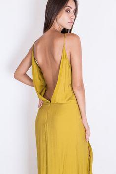 Robe longue jaune pastel