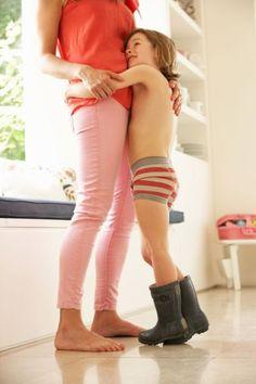 22 κανόνες για μαμάδες που μεγαλώνουν γιους | imommy.gr Parenting Styles, Kids And Parenting, Mom, Children, Baby, Psychology, Laura Ashley, Nice Things, Mothers