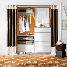 Closet organzation gives you more time to chose than to se