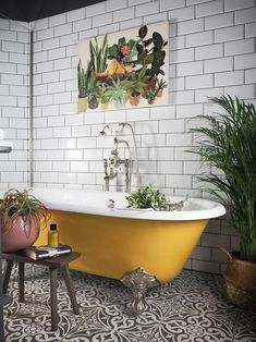 If you have a small bathroom in your home, don't be confuse to change to make it look larger. Not only small bathroom, but also the largest bathrooms have their problems and design flaws. Bad Inspiration, Bathroom Inspiration, Earthy Bathroom, Moroccan Bathroom, Bathroom Green, Eclectic Bathroom, Black And White Tiles Bathroom, Moroccan Decor, Tropical Bathroom