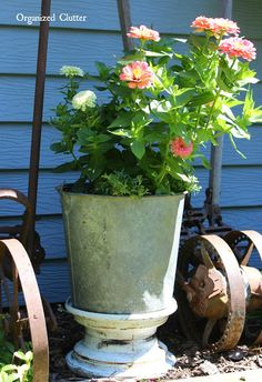 Three Wheeler Tire Rim Container Garden Pedestal via OrganizedClutter.net