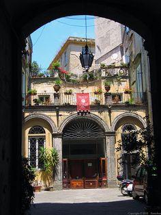 Naples : Palazzo Venezia