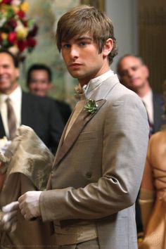"""Nate Archibald at the Cotilion Ball in the episode """"High Society"""". Gossip Girl Nate, Gossip Girl Outfits, Gossip Girl Fashion, Chace Crawford, Celebrity Gossip, Celebrity Crush, Girl Celebrities, Celebs, Nate Archibald"""