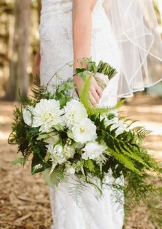 What's Old is New Again ~ 30 Ways to use Ferns on your Wedding Day ~  we ❤ this! moncheribridals.com #weddingbouquet