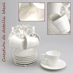 Elegante juego de café en color blanco roto con 6 tazas y 6 platitos que hará las delicias de tus invitados. Su estructura para conservarlos en orden lo convierte en un magnífico regalo. (2) http://elhogarideal.com/es/vajillas-y-menaje/827-juego-de-cafe-con-soporte-bonheur.html#.VVi6iPntmko