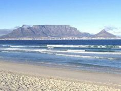Beautiful Table Mountain - Cape Town Most Beautiful Cities, Beautiful Moments, Amazing Places, Kruger National Park, National Parks, Table Mountain Cape Town, South Afrika, Port Elizabeth, Sun City