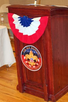 I had the great privilege of helping plan and style an Eagle Scout Court of Honor for a wonderful yo. Boy Scout Troop, Girl Scout Swap, Girl Scout Leader, Cub Scouts, Girl Scouts, Eagle Scout Project Ideas, Eagle Scout Ceremony, Eagles, Party Themes