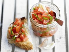 Bruschetta met tomatensalsa - Libelle Lekker! Geprobeerd en goedgekeurd!