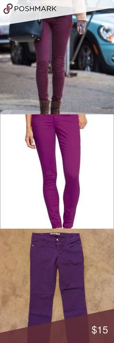 Rockstar purple skinny jeans Old navy rockstar skinny jeans in grape. Color looks darker in the photo but real color is in professional photos. In great condition no marks tares or snags. Offers welcome ! Old Navy Jeans Skinny