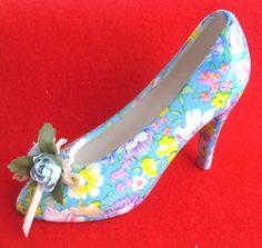 Ceramic Blue Floral Miniture Shoe