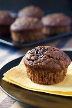 Banana Olive Oil Muffins (in Greek) (one of the first photos I felt kinda proud of! Sweets Recipes, Muffin Recipes, Desserts, Muffins, Fun Cupcakes, Food Inspiration, Tasty, Favorite Recipes, Snacks