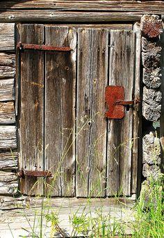 Old door by Hans Kylberg