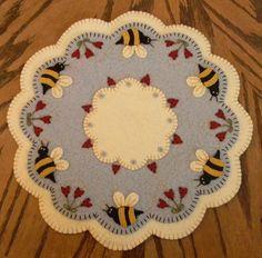 ~*Bee My Honey Bee*~Spring/Summer Penny Rug/Candle Mat PATTERN Applique   #OriginalPennyLanePrimitivesPattern