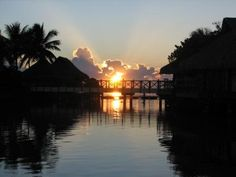 Bungalow sunrise ~ Moorea