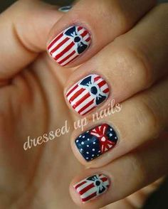 Go for a bit of prep with pretty bows. | 36 Amazing DIY-Able Manicures For The 4th Of July